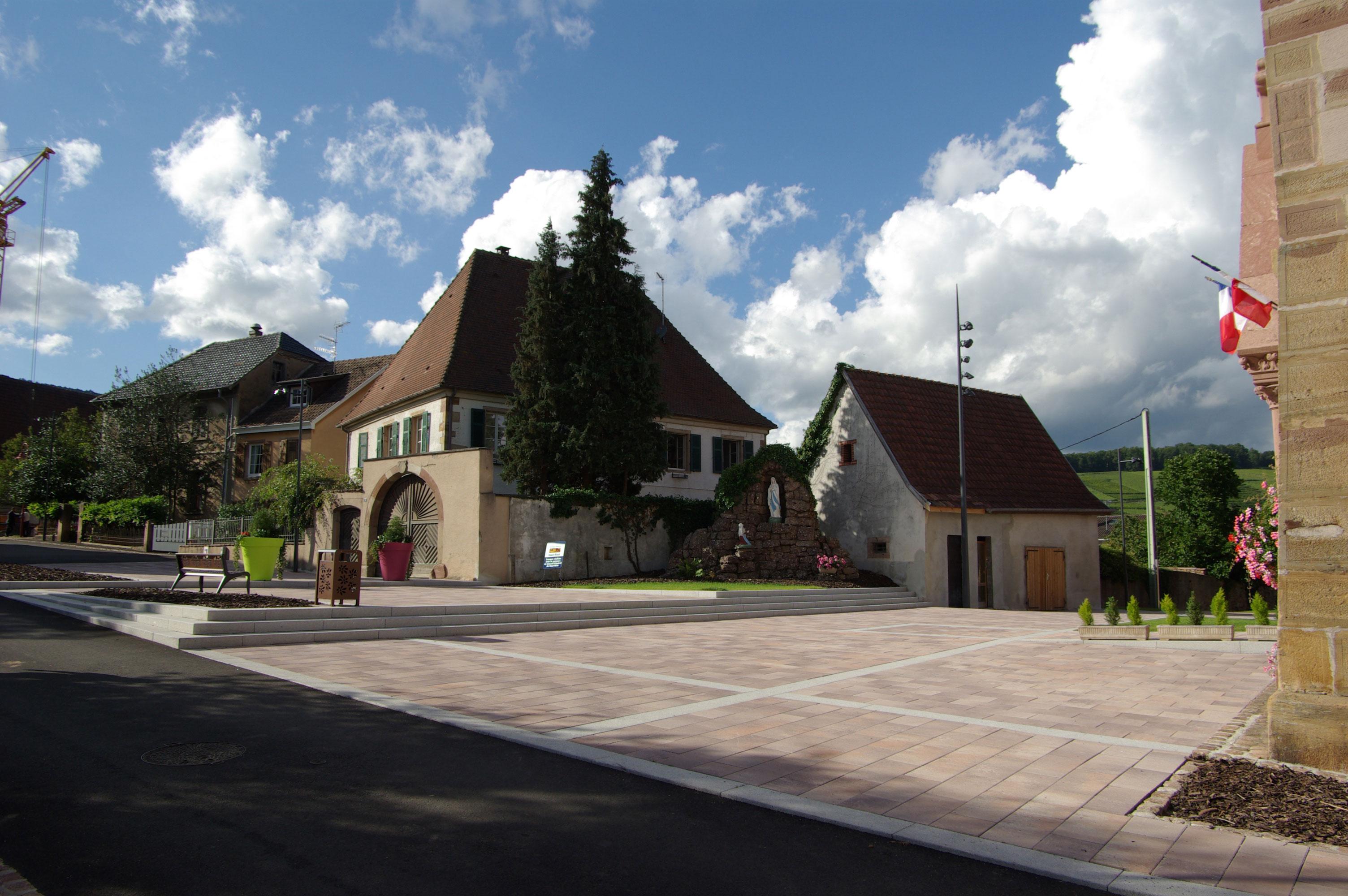 Orschwihr place de l eglise gallois curie atelier de for Architecte paysagiste alsace