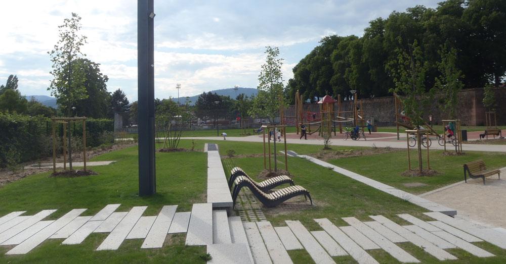 Selestat parc des remparts gallois curie atelier de for Paysagiste selestat